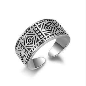 Jewelry - 925 Sterling Silver Vintage Carving Ring